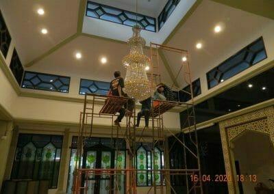 cuci-lampu-kristal-masjid-baiturrahman-57