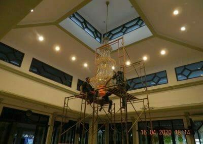 cuci-lampu-kristal-masjid-baiturrahman-62