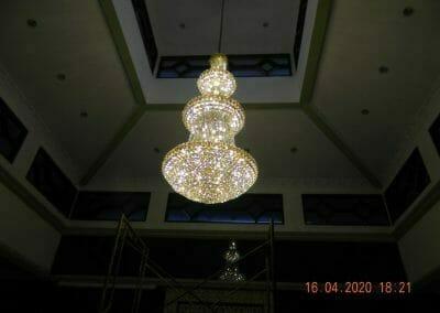 cuci-lampu-kristal-masjid-baiturrahman-63