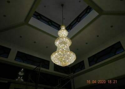 cuci-lampu-kristal-masjid-baiturrahman-65