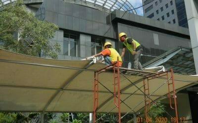 General Cleaning: Cuci kanopi parkir Polda Metro Jaya