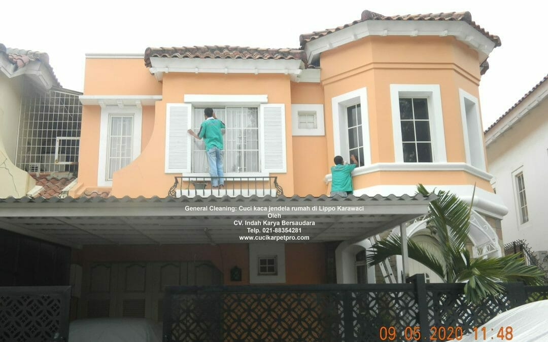 General Cleaning: Cuci kaca jendela rumah di Lippo Karawaci