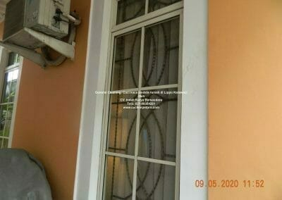 cuci-kaca-jendela-rumah-di-lippo-1