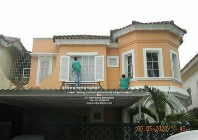 cuci-kaca-jendela-rumah-di-lippo-11