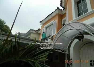 cuci-kaca-jendela-rumah-di-lippo-24