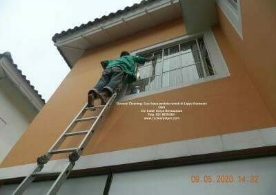 cuci-kaca-jendela-rumah-di-lippo-28