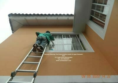 cuci-kaca-jendela-rumah-di-lippo-29