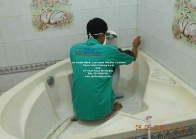 cuci-kamar-mandi-di-jarakosta-07