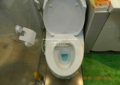 cuci-kamar-mandi-di-lippo-15