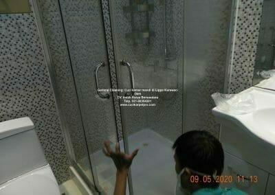 cuci-kamar-mandi-di-lippo-27