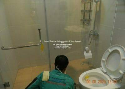 cuci-kamar-mandi-di-lippo-42