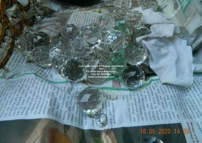 cuci-lampu-kristal-di-harapan-jaya-18
