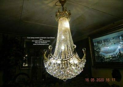 cuci-lampu-kristal-di-harapan-jaya-37