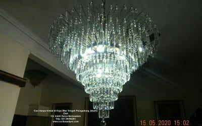 Cuci lampu kristal di Kayu Mas Tengah Pulogadung Jakarta
