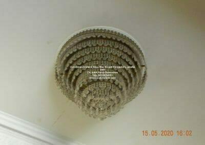cuci-lampu-kristal-di-kayu-mas-31