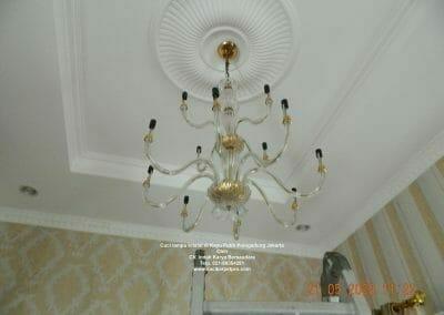 cuci-lampu-kristal-di-kayu-putih-03