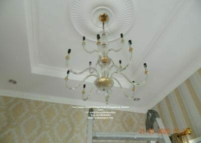 cuci-lampu-kristal-di-kayu-putih-04