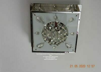 cuci-lampu-kristal-di-kayu-putih-16