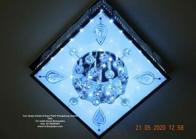 cuci-lampu-kristal-di-kayu-putih-19