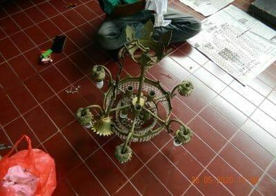 cuci-lampu-kristal-di-kelapa-cengkir-07