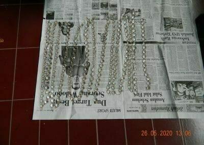 cuci-lampu-kristal-di-kelapa-cengkir-09