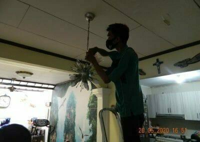 cuci-lampu-kristal-di-kelapa-cengkir-18
