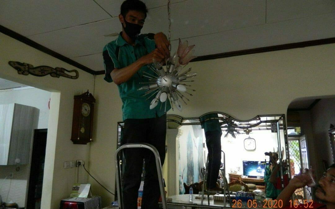 Cuci lampu kristal di Kelapa Cengkir Barat | Kelapa Gading