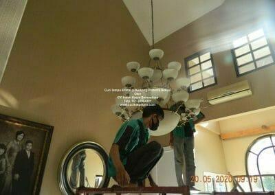 cuci-lampu-kristal-di-kemang-pratama-07