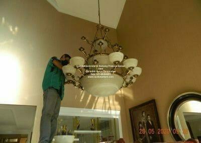 cuci-lampu-kristal-di-kemang-pratama-09