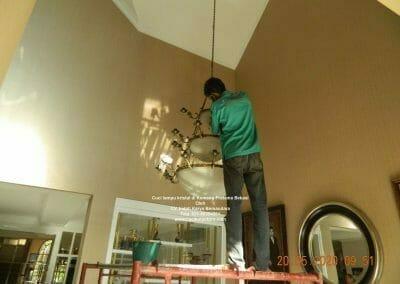 cuci-lampu-kristal-di-kemang-pratama-12