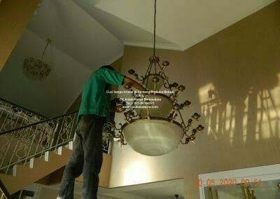 cuci-lampu-kristal-di-kemang-pratama-14