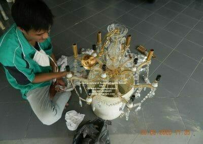 cuci-lampu-kristal-di-kemang-pratama-22