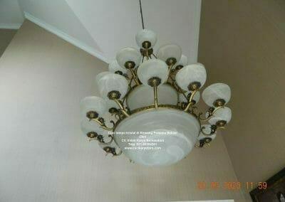 cuci-lampu-kristal-di-kemang-pratama-24