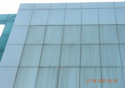pembersih-kaca-gedung-bank-bri-10