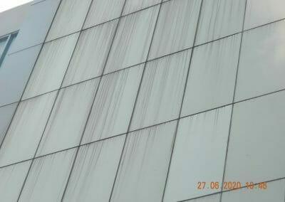 pembersih-kaca-gedung-bank-bri-29