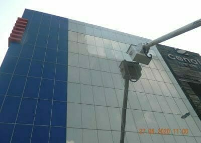 pembersih-kaca-gedung-bank-bri-32