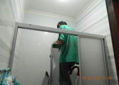 pembersih-kamar-mandi-di-cikarang-baru-03