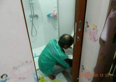 pembersih-kamar-mandi-di-cikarang-baru-08