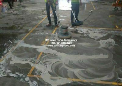 cuci-lantai-gudang-general-cleaning-pt-kito-indonesia-05