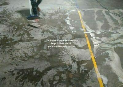 cuci-lantai-gudang-general-cleaning-pt-kito-indonesia-08