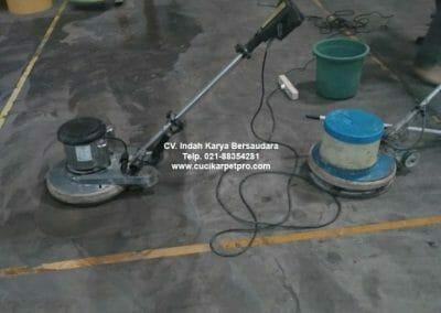 cuci-lantai-gudang-general-cleaning-pt-kito-indonesia-12
