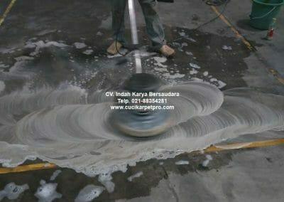 cuci-lantai-gudang-general-cleaning-pt-kito-indonesia-13
