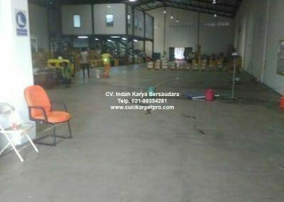 cuci-lantai-gudang-general-cleaning-pt-kito-indonesia-15
