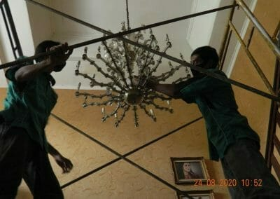 (021)-88354281-hotline-cuci-lampu-kristal-02