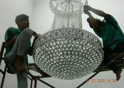 (021)-88354281-hotline-cuci-lampu-kristal-17