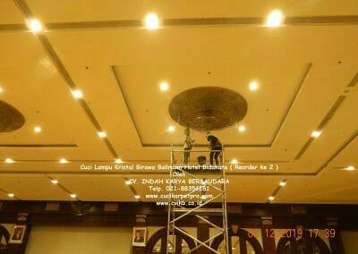 (021)-88354281-hotline-cuci-lampu-kristal-25