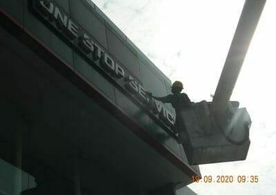 cuci-kaca-gedung-bridgestone-20