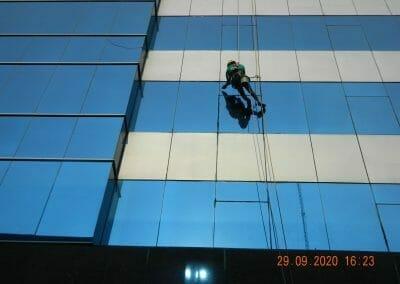 sealant-kaca-gedung-graha-kencana-40
