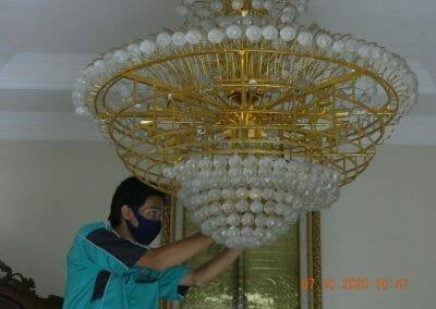 cuci-lampu-kristal-di-duren-sawit-12