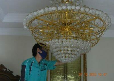 cuci-lampu-kristal-di-duren-sawit-13